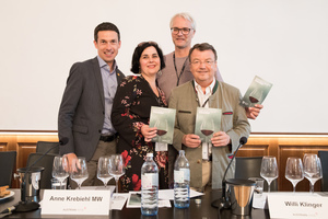 VieVinum 2018 - IMW Tasting - Best Old World Pinot Noir, outside of Burgundy, 9. 6. 2018, Schatzkammersaal, Hofburg, Wien