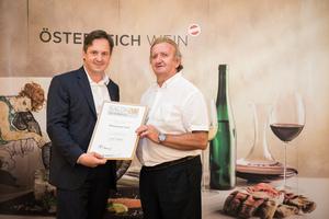 Weingut Kiss, Präsident des österreichischen Weinbauverbandes NR Hannes Schmuckenschlager