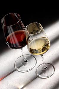 Weingläser Österreich Serie Weiß- und Rotwein