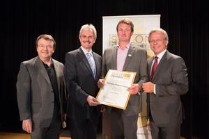 Weingut Maglock-Nagel, links: Geschäftsführer ÖWM Willi Klinger & Landesrat Niederösterreich Karl Wilfing, rechts: Direktor Casino Baden Edmund Gollubitz