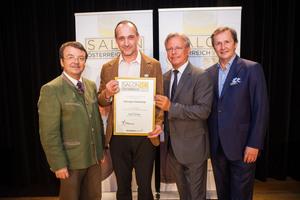 Weingut Harkamp, links: Geschäftsführer ÖWM Willi Klinger, rechts: Direktor Casino Baden Edmund Gollubitz, Leiter Food & Beverage Casinos Austria Oliver Kitz