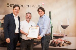 Weingut Weinviertler Sektmanufaktur, Präsident des österreichischen Weinbauverbandes NR Hannes Schmuckenschlager