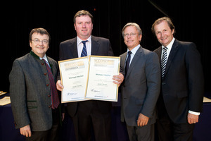 Weingut Hecher, links GF Willi Klinger, rechts Dir. Edmund Gollubits, Grand Casino Baden und Mag. Oliver Kitz, Casinos Austria