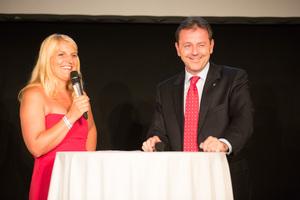 SALON Gala Dinner 2012 - Birgit Perl mit Minister Niki Berlakovich