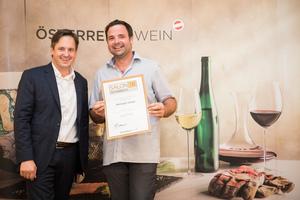 Weingut Urban, Präsident des österreichischen Weinbauverbandes NR Hannes Schmuckenschlager