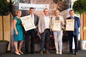 SALON 2019 Publikumsverkostung Wien, Palais Coburg, Siegerehrung der Top 3 in der Kategorie Riesling