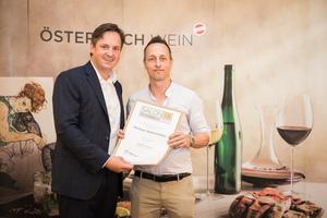 Weingut Steinschaden, Präsident des österreichischen Weinbauverbandes NR Hannes Schmuckenschlager