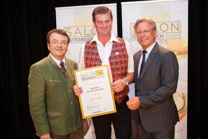 Weinhof Familie Peinsipp, links: Geschäftsführer ÖWM Willi Klinger, rechts: Direktor Casino Baden Edmund Gollubitz